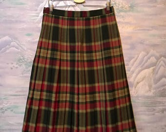 Vintage 80s Women Wrap Skirt Tartan Skirt Wool blend Kilt Green Red Pleated Skirt Size Medium Skirt High Waist Skirt Knee Length Skirt