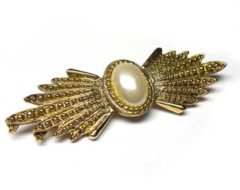 Vintage Brooch with White Stone