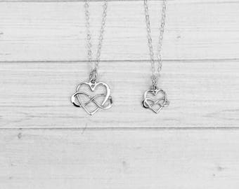 Mother Daughter Necklace Set - Mother Daughter Jewelry - Silver Infinity Heart Pendants - Mom Daughter Gift Set - Mother's Day Gift for Mom