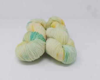 Dreaming of Daffodils - 4ply Divine hand dyed yarn – Superwash MCN 80/10/10% Merino / Cashmere / Nylon