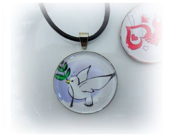 Necklace glass Cabochon 25mm - Dove of peace - metal backing - same color
