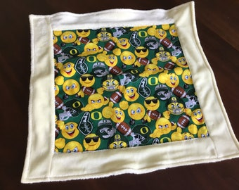 Oregon Ducks Baby Lovey, U Oregon Ducks baby, security blanket,snuggle blankie,sensory blanket, minky blanket, sports blanket,