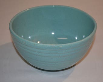 """McCoy Pottery - EXCELLENT Condition - Turquoise Blue Ribbed 7"""" Diameter Mixing Bowl Brown Speckling - Vintage Farmhouse Country - WONDERFUL"""