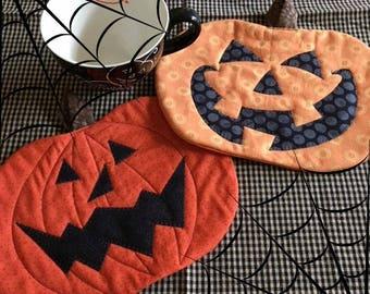 Pumpkin Heads Halloween Pumpkin Mug Mats PDF Pattern