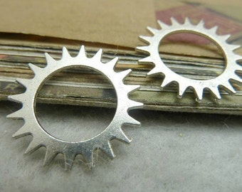 25 pcs 22mm Antique Silver gears wheels  gearwheels Watch movements connectors links Charms Pendants