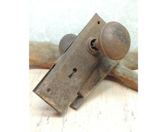 Vintage Rusty Metal old Door Knob and Lock Cover Plates for Assemblage, Altered Art, Industrial, Steampunk, Mixed Media, Metalworking