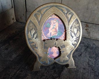 Art nouveau, picture frame, brass, engraved, flowers, arched window, with stand