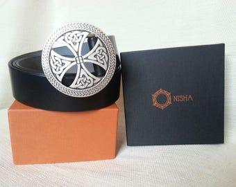 Cinturon de cuero hecho a mano. Diseño Celta