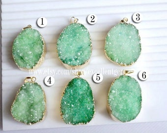 Druzy pendant Gold plated Edge Druzy Pendant in Mint Green color, Drusy Jewelry Making JSP-7032