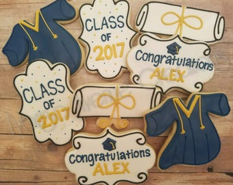 12 Graduation Sugar Cookies - Graduation 2018 Gift - Class of 2018 Party Favors