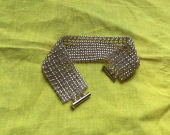 New Handmade Gold Netted Bracelet