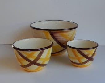 Set of 3 Vernonware Nesting Mixing Bowls Organdie Pattern / Yellow and Brown Stripes