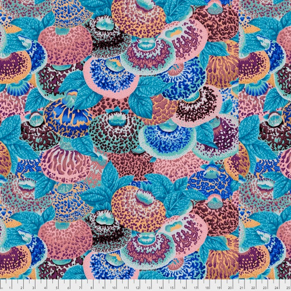 LADIES PURSE  Antique Philip Jacobs PWPJ094.ANTIQ Kaffe Fassett Collective Sold in 1/2 yd increments