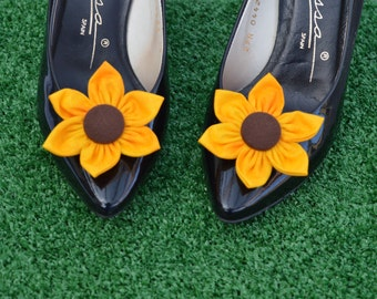 Sunflower Shoe Clips