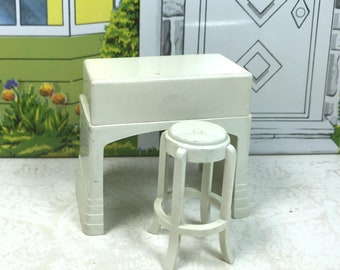 "MARX MANGLE and STOOL, Hard Plastic, 1950's, 3/4"" Scale, Vintage Tin Dollhouse Laundry Room Furniture"