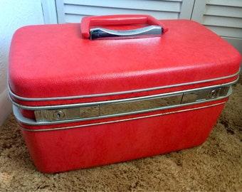 Vintage Samsonite Silhuette Train Case, Red Makeup Case, Samonite Travel Vanity with Tray
