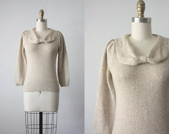 70s bow sweater / honey knit sweater