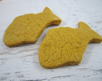 Goldfish Crackers ~Wheat Free Gourmet Dog Treats ~Homemade Bakery Dog Biscuits ~ Fish Shaped Dog Cookies ~ Healthy Carrot Dog Treats Snacks
