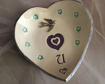 Heart bowl , Ceramic heart bowl, Ring dish, Rings bowl ,Guest soap dish, Jewelry dish, Valentine, Cookies plate, love birds, Candle holder