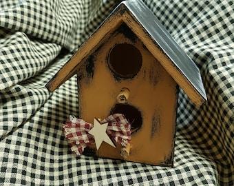 Decorative wooden small birdhouse