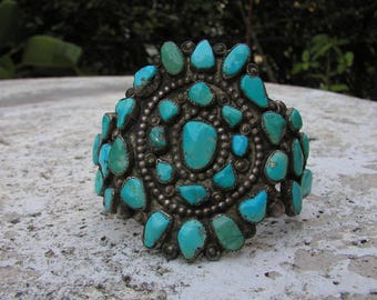 2nd Quarter of the 20th Century..Navajo Cluster FREE FORM TURQUOISE ..Gem Stones
