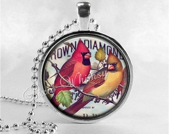 CARDINAL Pendant Necklace, Cardinal Bird Jewelry Red Bird, Vintage Cardinal Art Glass Photo Jewellery, Bird Necklace Bird Watcher Lover Gift