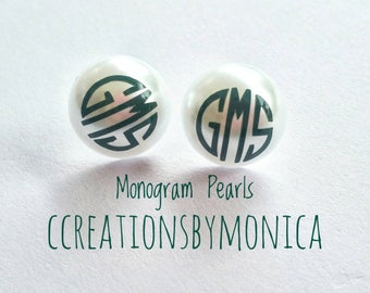 Monogram pearl earrings. Monogram Earrings. Personalized Jewelry. Personalized Earrings. Large pearl earrings. Best gift for her. 16mm