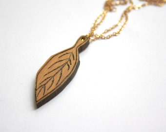 Natural leaf tree necklace, wood long collar pendant, bohemian hippie chic modern minimalist, nature jewel jewelry, made in France, Paris