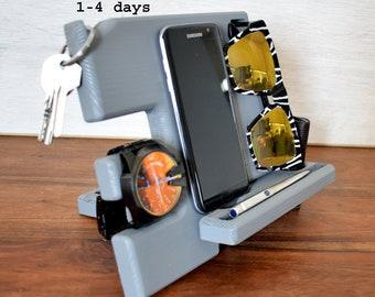 Groomsman gift, NightStand, Anniversary Gift for Men, Dock Wood Organizer, Docking station, Glasses holder, Galaxy S8, iPhone Charging Stand