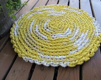 Yellow & White  Crocheted Round Rag Rug  CP130