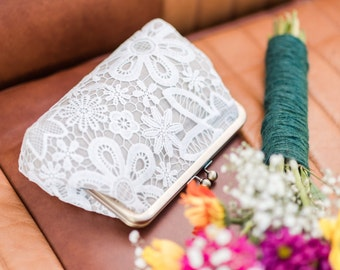 Vintage Style Lace Linen Bridal Clutch, Rustic Wedding Clutch, Lace Bridesmaid Purse, Elegant Lace Purse, Eight Inch Frame Clutch