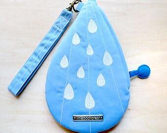 Raindrops Purse, Rain Drops Wrist Pouch, Tear Drops Wristlet, Water Droplets Wrist Pouch, Blue Wristlet, Zip Purse, SkyBlue And White Color