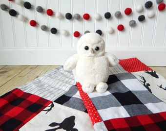 Boy Nursery Decor, Buffalo Plaid, Lumberjack Nursery, Woodland Nursery, Pom Pom Garland, Felt Ball Garland, Plaid, Pom Pom Bunting, Gray Red
