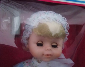 1  Uneeda Baby Luv Doll Drinks & Wets Year MCMLXXXV11/ NEW iN BOX! Vintage