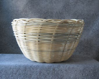Round Basket Bowl with Grey Striping
