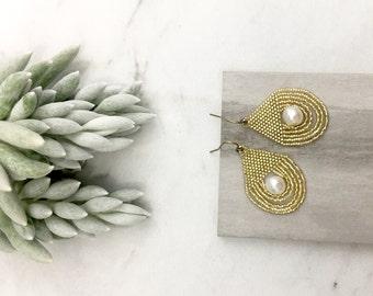 T H E . G R E C I A N // Pearl Earrings, Boho Jewelry, Beaded Earrings, Gold Earrings, Vintage Inspired