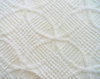 "Fluffy White Wedding Ring Chenille Vintage Bedspread Fabric Piece...12 x 18"""
