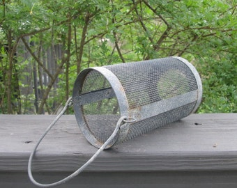 Vintage Rusty Metal Mesh Thing With Handle