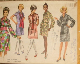 Mod Mini Dress and Sash 1970s Vintage Sewing Pattern SIMPLICITY 9219, bust 34