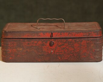 Vintage RED Metal TOOLBOX Mid-Century RUSTY Rustic Worn Weathered