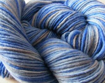 Handpainted Yarn Wool 204yards 2.25oz Sport Weight Knitting Aspenmoonarts Hand Painted Blue Gray Felting