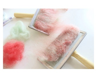 2pcs Hand Cards Carders for Wool Needle Felting - F018