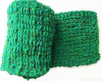 Green chunky knit scarf, Winter scarf, men's neck scarf, big scarf, hand knit scarf, scarf for women, handmade scarves, knitting gifts,