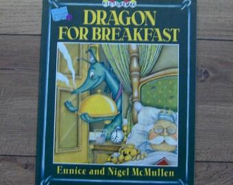 Vintage 1987 photo livre enfant garçon fille Dragon pour le petit déjeuner sc