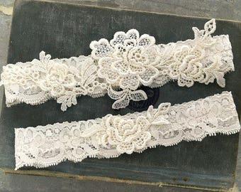"Ivory Lace Wedding Garter Set, Ivory Garter Set, Lace Bridal Garter, Toss Garter, Simple Lace Garters - Ivory Wedding Garter Set - ""Everley"""
