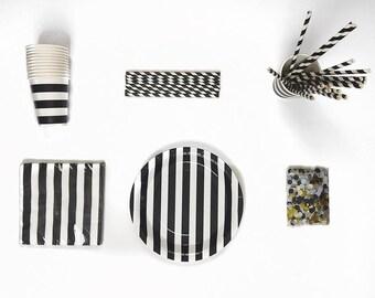 Chic Black and White box