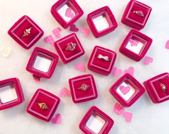 Velvet Ring Box in Tulip Color for Weddings, Ring Storage, Gifts for the Bride or a Wedding Gift