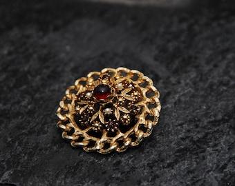 "Vintage Brooch, Gold and ""Ruby"", Circular"