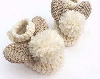 Crochet baby shoes, baby booties, easter baby gift, bunny shoes, baby shower gift, new baby gift, new mom gift, photo prop, gift for baby