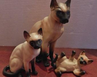 Vintage LEFTON SIAMESE Cat Figurines lot of 3  H4015 H4039 H4032